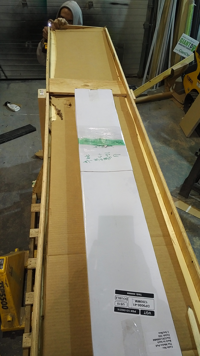 Modern Doors Shipping15
