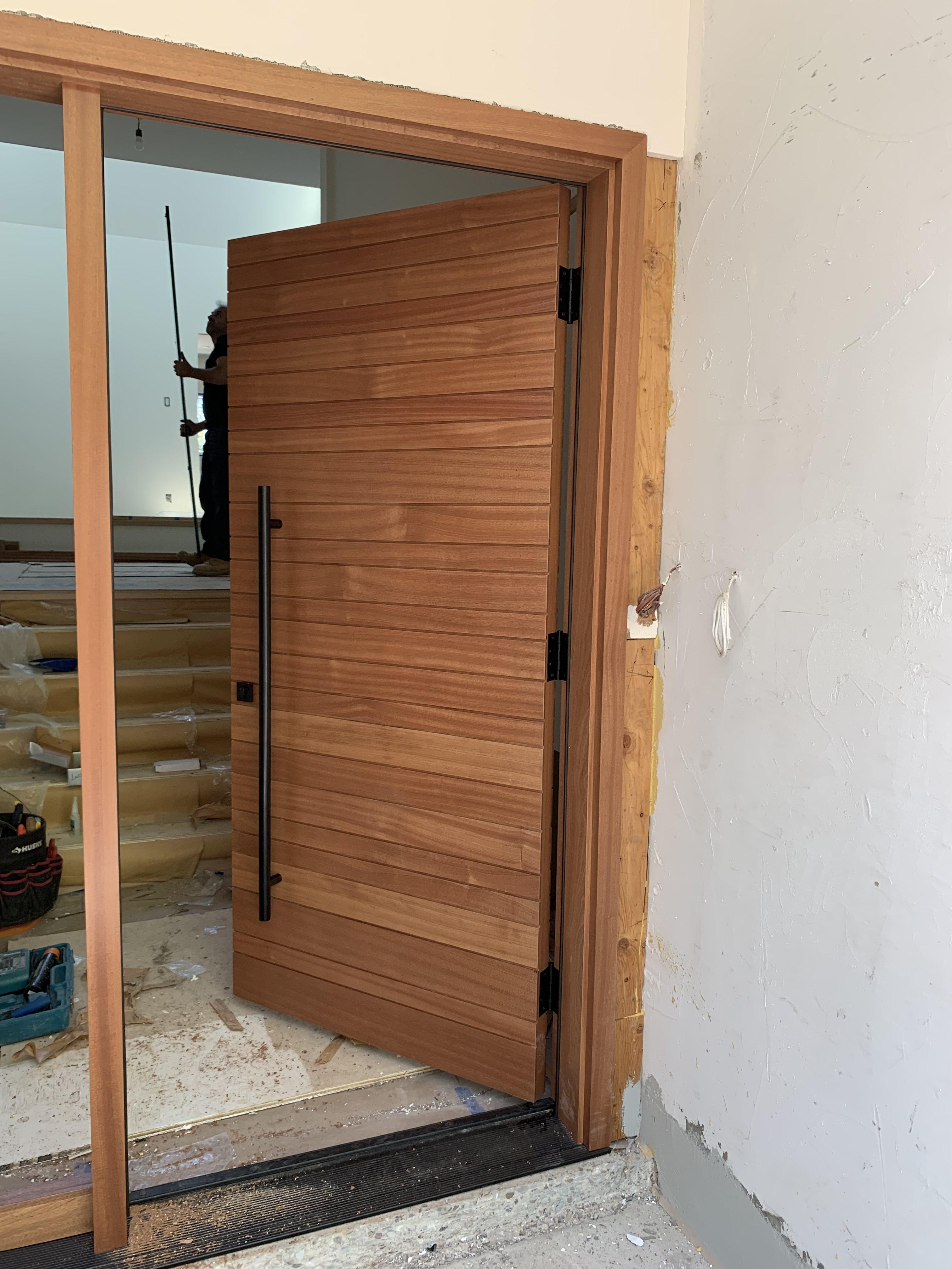 Modern Solid Wood panel Exterior Door