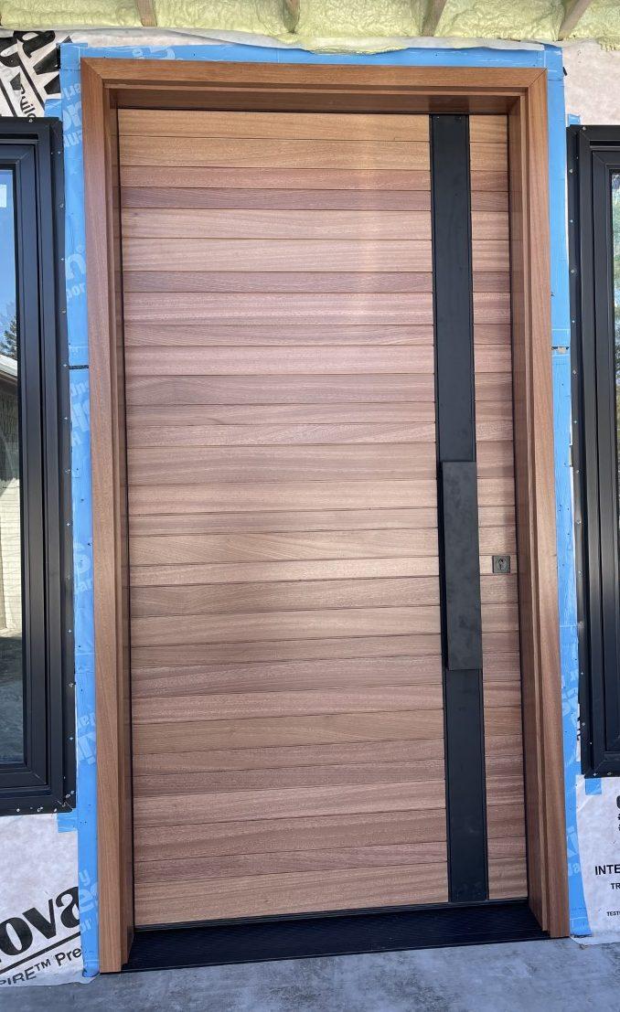 Modern Single Solid Wood Front Door Horizontal Lines