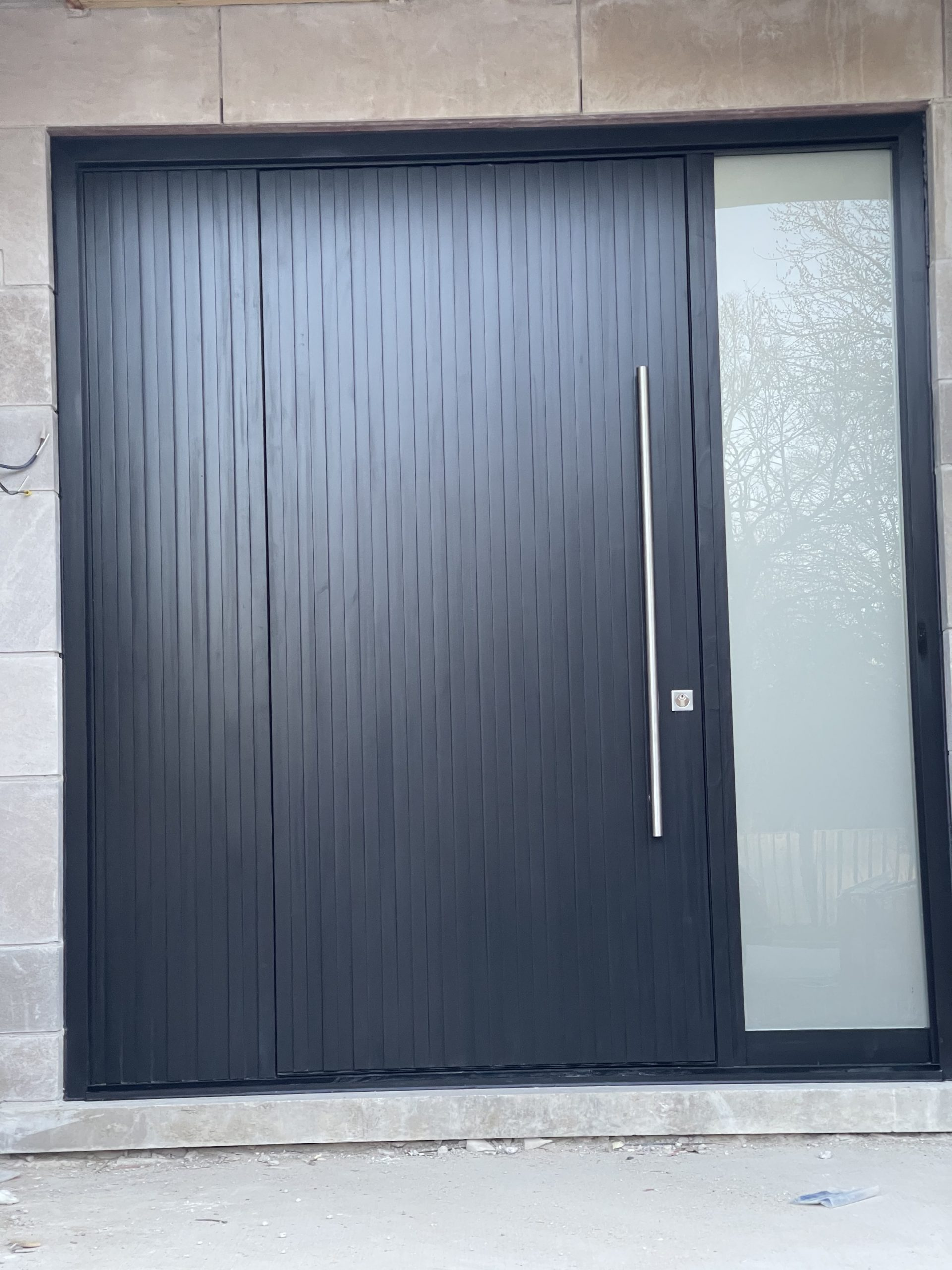 Modern Solid Wood Door with Multipoint Lock System