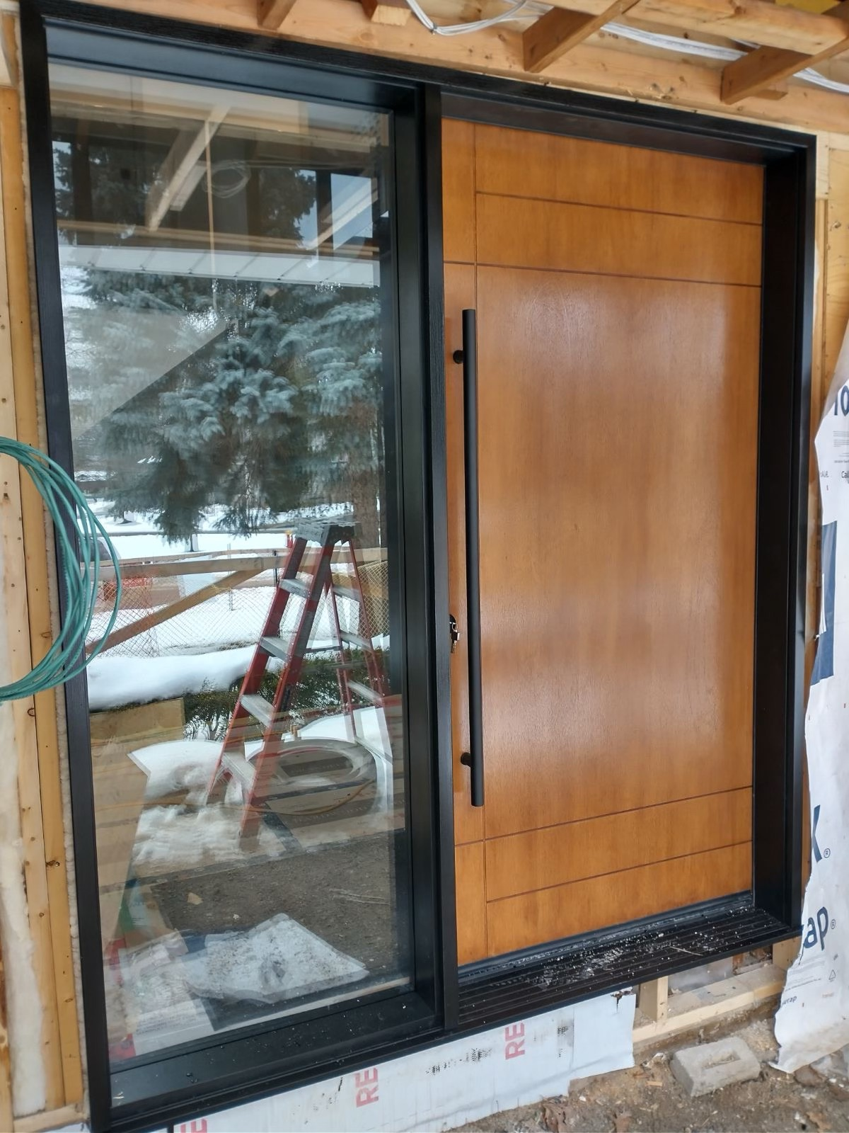 Oversize Entrance Modern Door With Black Pull Bar Modern Lines