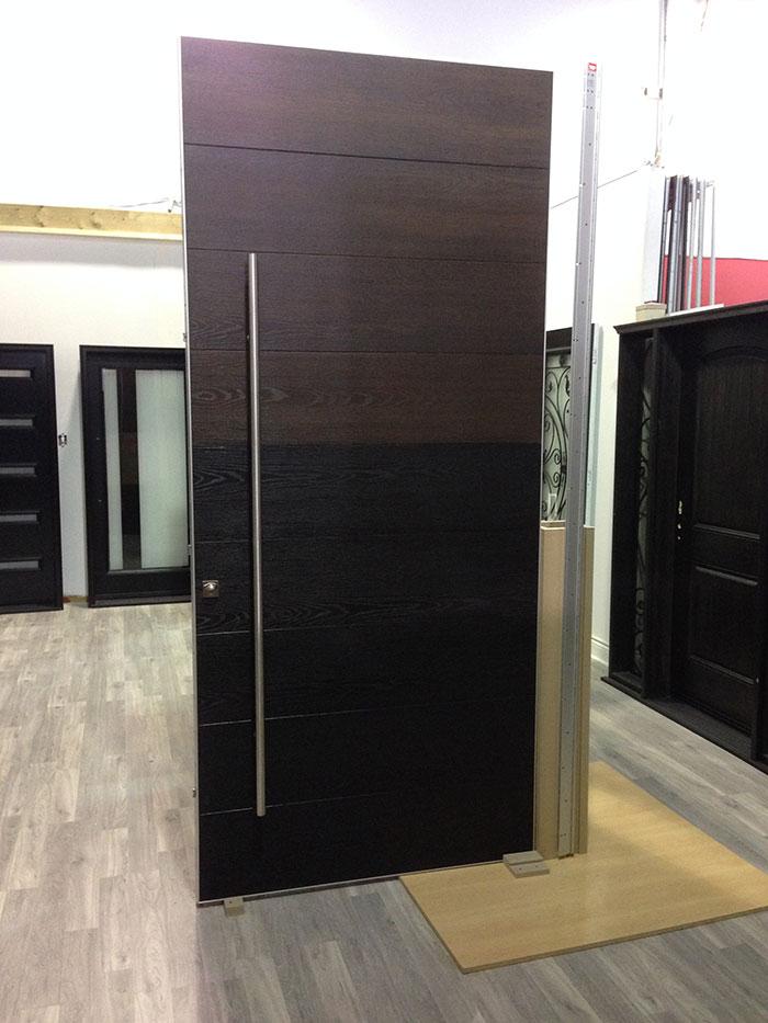 Biggest Door in Nrth America by Giant Door Manufacturers Inc