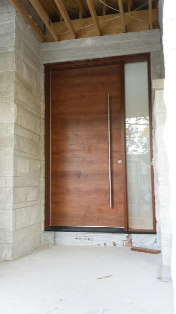 Fiberglass Door-Woograin Modern Fiberglass Door with Side Lite and Stainless Steel Bar