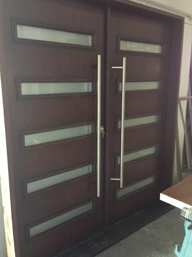 Fiberglass Modern Contemporary Front Entry Doors with Stainless Steel Handel & multi Point Locks Manufactured by Windows and doors Toronto