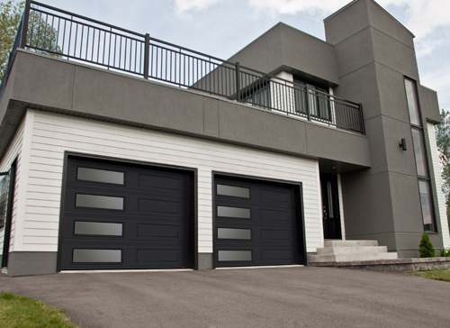 Modern Contemporary Garage Doors-Left-side Harmony Window Layout Modern Garage Doors in Richmond Hill, Ontario by www.modern-doors.ca-Picture#613