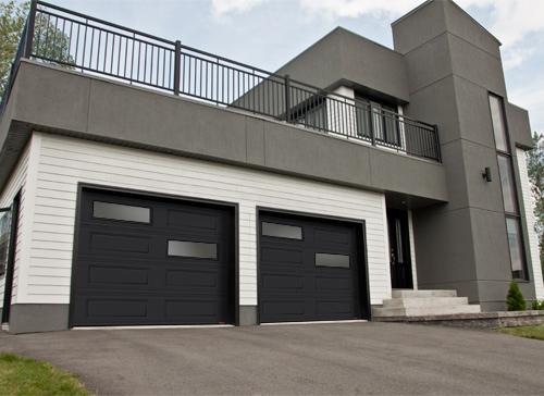 Modern Contemproray Garage Doors,Offset Window layout Modern Garage Doors in Richmond Hill, Ontario