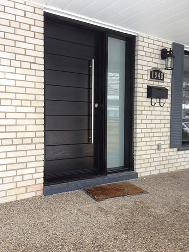 Modern Door- Exterior Modern Door-Modern Fiberglass Door with Frosted side lites installled in Aurora by modern-doors.ca