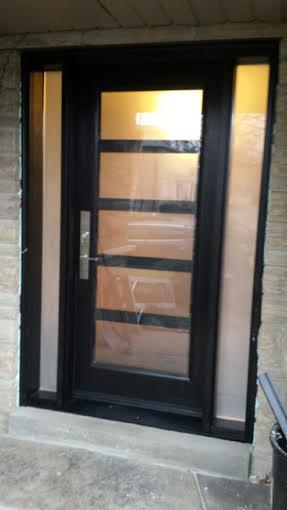 Modern Exterior Door with 5 door lites and 2 side lites installed in Richmond Hill, Ontario by modern-doors.ca
